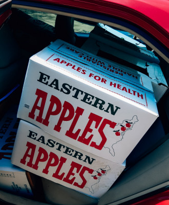 AL - 5 - Apples at food pantry