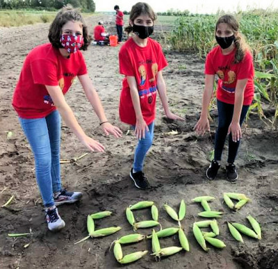 FL - 4 - Covid corn- class trip with middle school